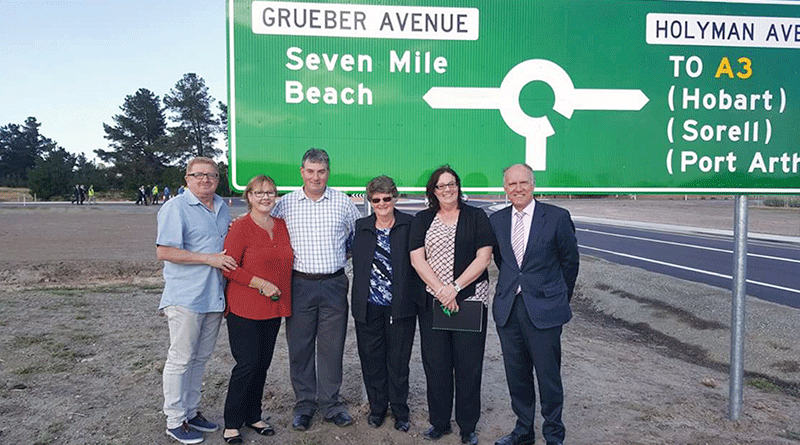 Grueber Avenue opens as Hobart Airport redevelopment continues